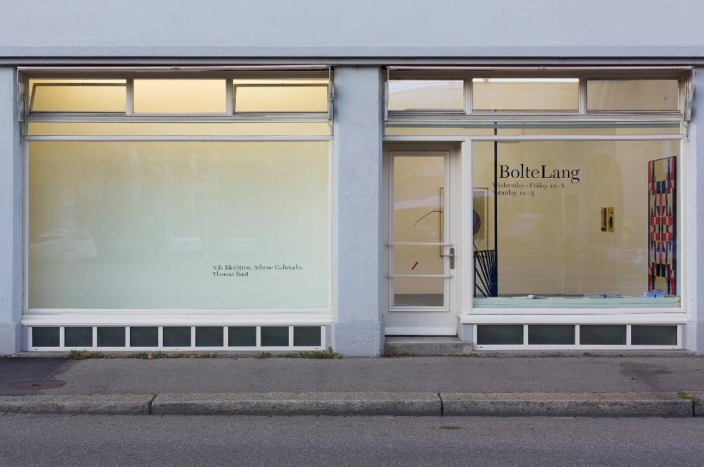 Installation view <i>Nils Bleibtreu, Athene Galiciadis & Thomas Raat</i>